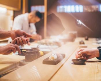 寿司屋のひのきカウンター